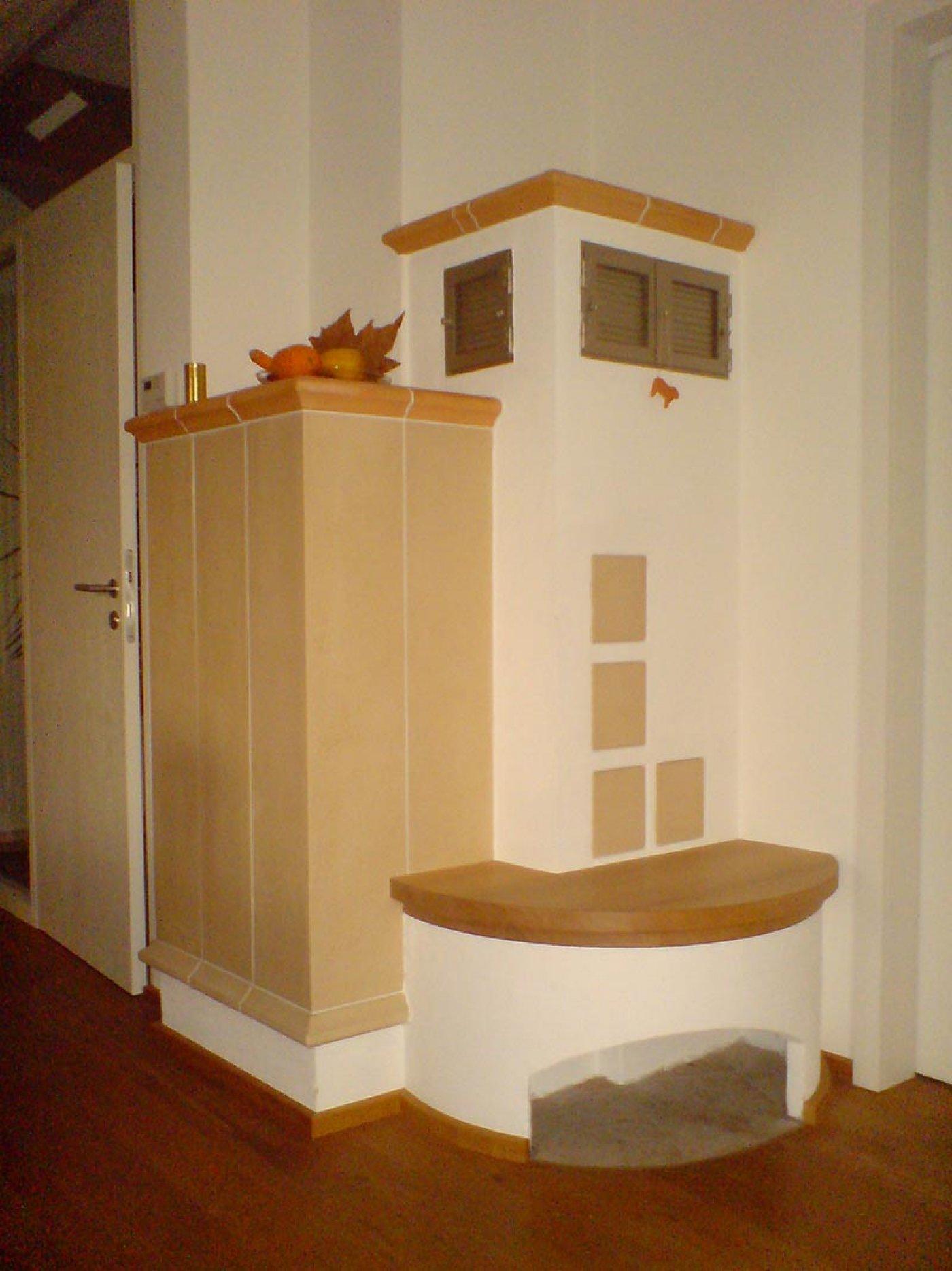 fliesen und fen k hnlein greding neuer schornstein fliesen natursteine badsanierungen. Black Bedroom Furniture Sets. Home Design Ideas